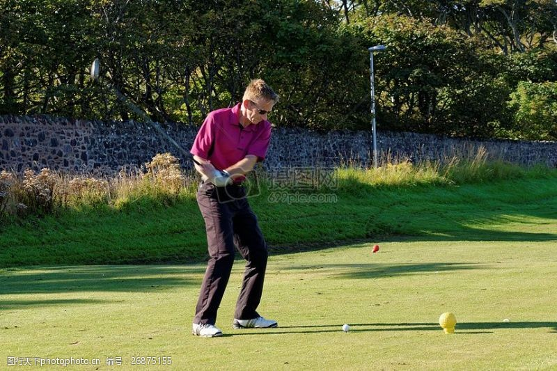 高尔夫挥杆图片