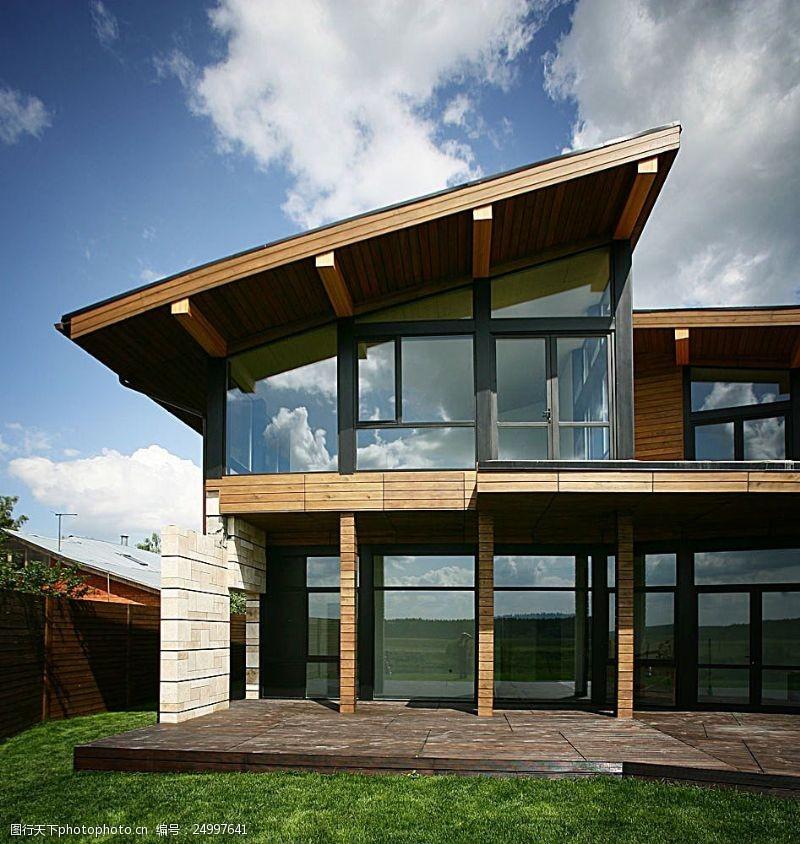 玻璃风格别墅效果