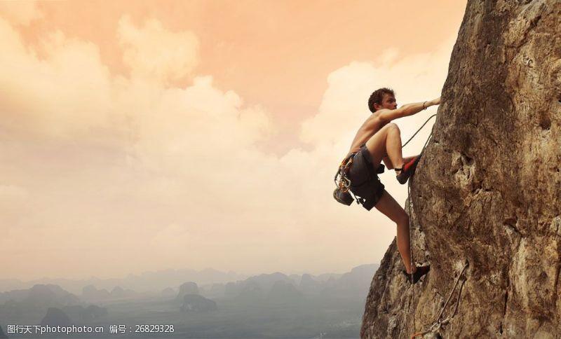 登山的男人素材